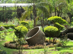 Cochabamba Botanical Garden topiary, sans lovers on benches. I tried to keep the kissing couples out of pictures.